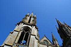 les flèches de la basilique - Photo of La Bazouge-du-Désert