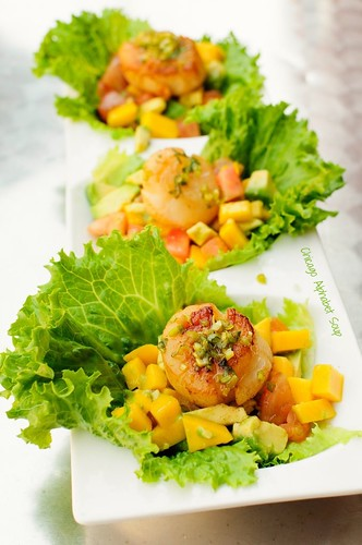 Mango Seared Scallops
