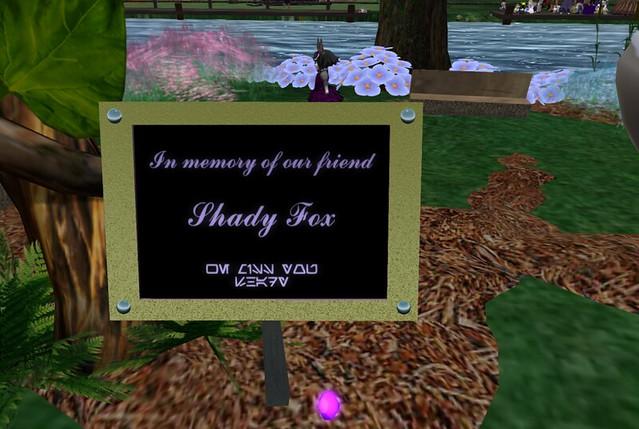 shady's memorial_010