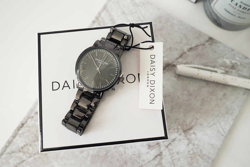 daisy dixon watch 2