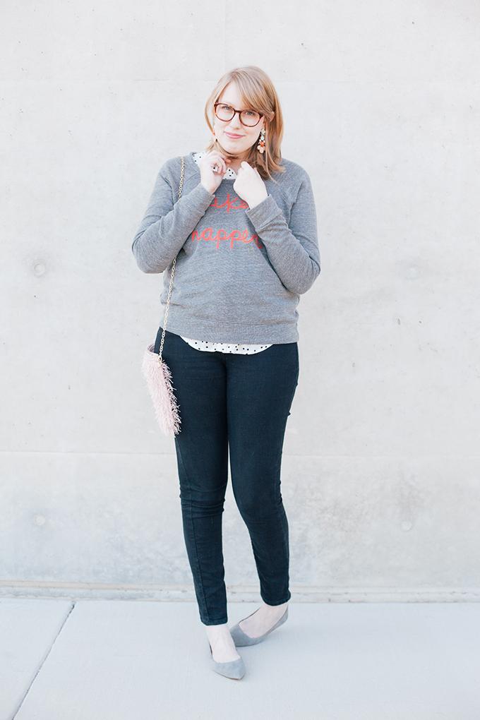 graphic sweatshirt polka dots9