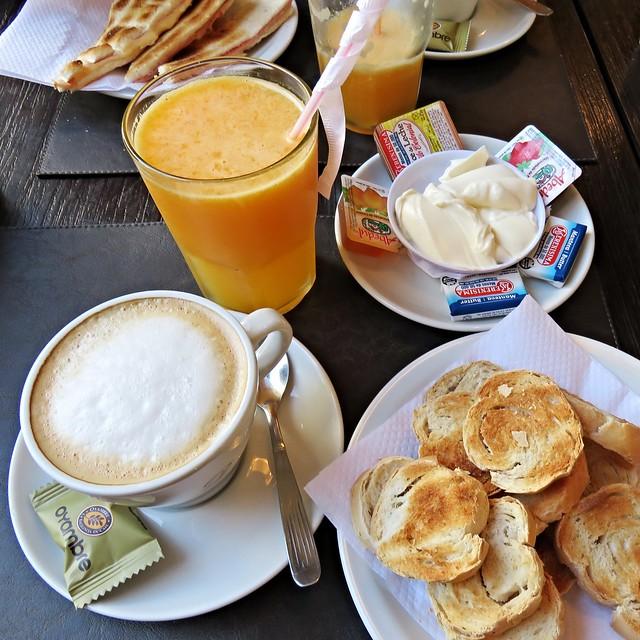 BreakfastatDonata