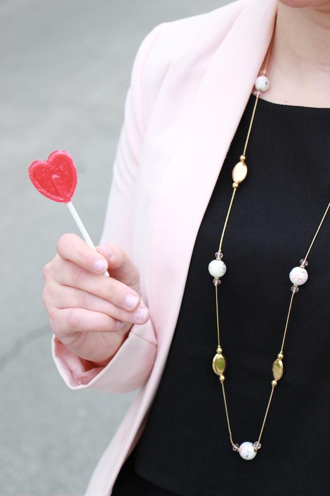 la_parfaite_petite_robe_noire_pour_la_saint_valentin_blog_mode_la_rochelle_8
