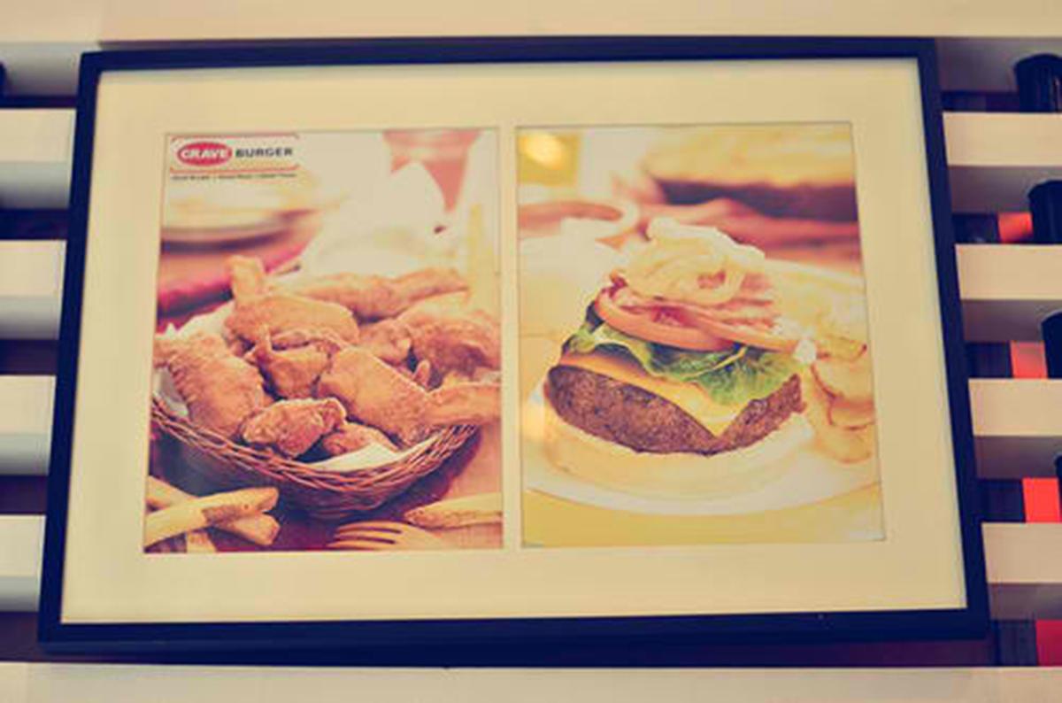 Trice Nagusara Crave Burger 02