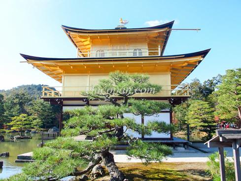金閣寺舎利殿画像