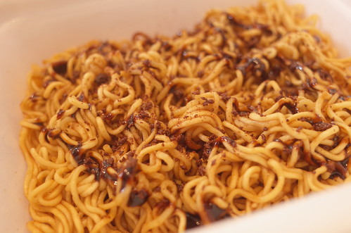 instant Fried noodle with chocolate sauce
