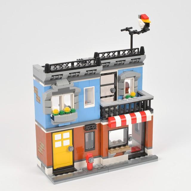 LEGO Creator 31050 Corner Deli review | Brickset: LEGO set