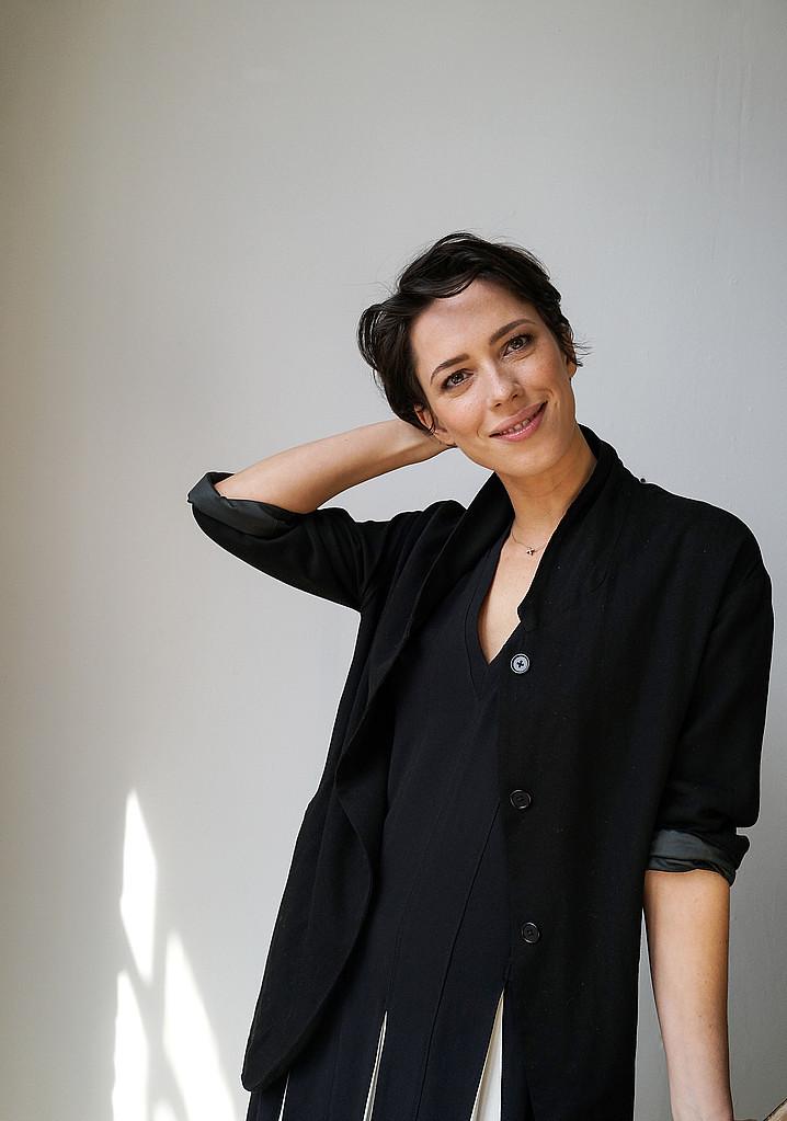 Ребекка Холл — Фотосессия для «Tumbledown» на «Tribeca» 2015 – 45