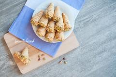 Conetti Salati con Mousse di Mortadella e Granella…