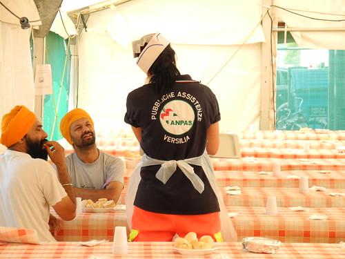 Il progetto Samets: l'assistenza nei campi multiculturali
