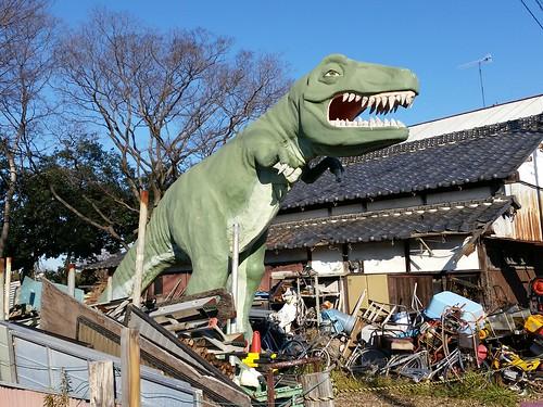 今日のポータル「恐竜のオブジェ」@熊谷市