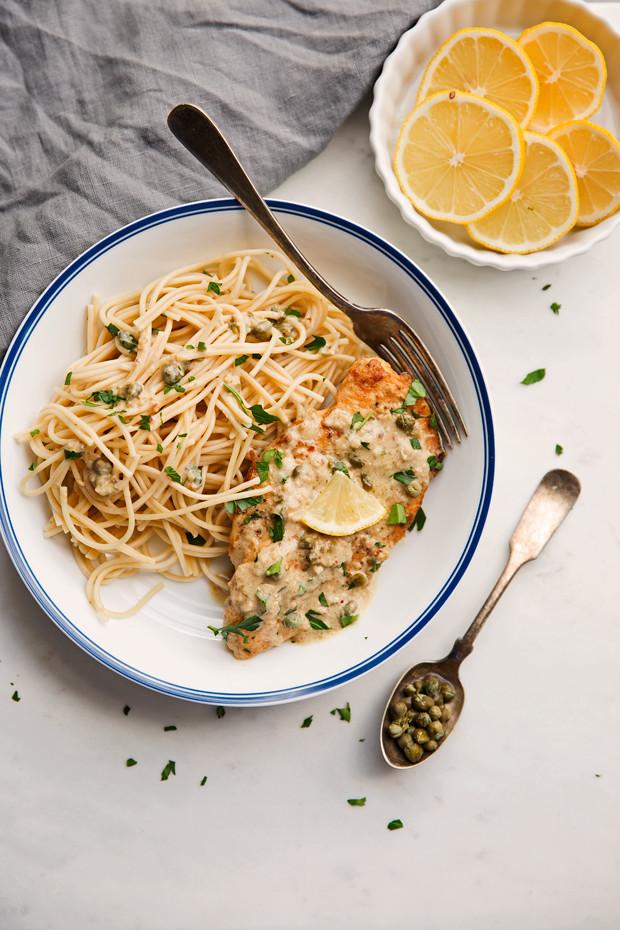 Creamy Chicken Piccata with Garlic - a new twist on the traditional chicken piccata and it's all made in one pan! #chickenpiccata #oneskilletchicken #creamychickenpiccata | Littlespicejar.com