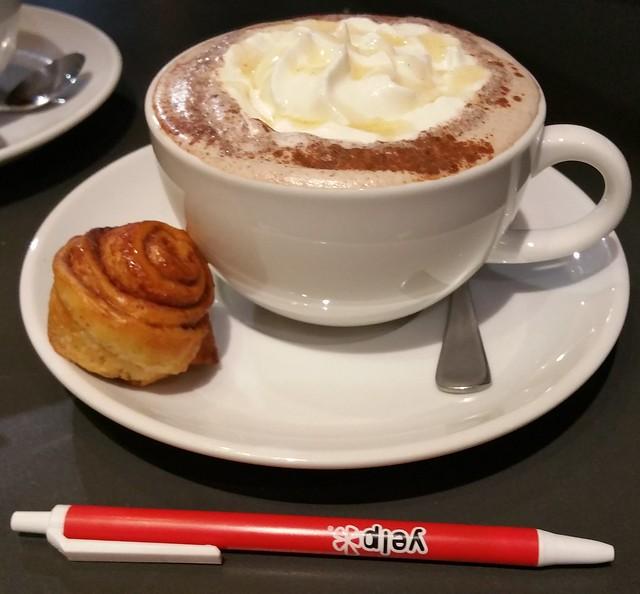 2016-Jan-28 Terra Breads (Olympic Village) - hot chocolate festival - Honey Bun