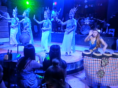 Thai Music Live Morlam Sing Dancers Performance Concert (C)