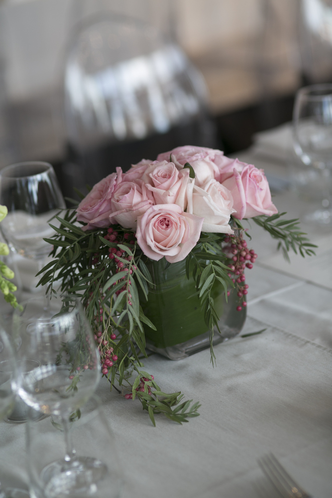 Pink centerpieces - Timeless ,elegant & classic with a touch of glamour Wedding in Melbourne | Photo by Blumenthal Photography. | I take you - UK wedding blog #elegantwedding