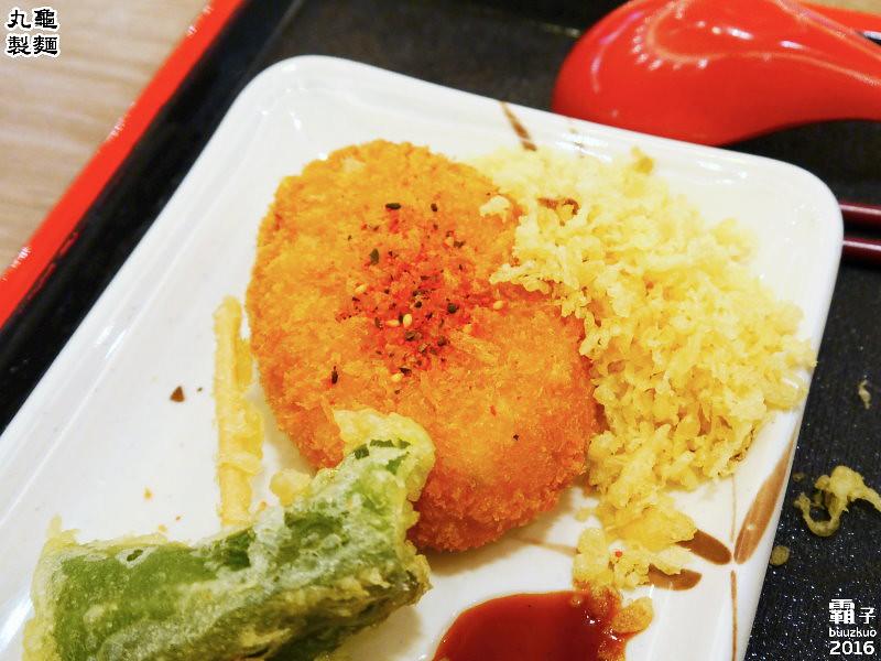 25544302394 a4a72b9640 b - 丸龜製麵,台中新光三越內也能吃到日本知名烏龍麵,湯頭好,烏龍麵Q彈有勁!
