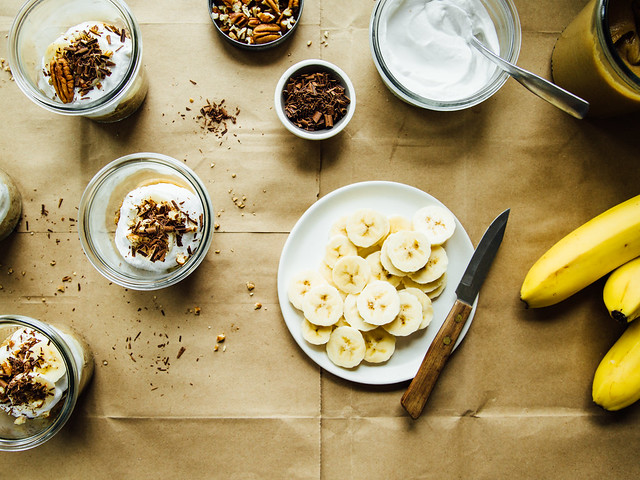 Almost raw banoffee pie jars