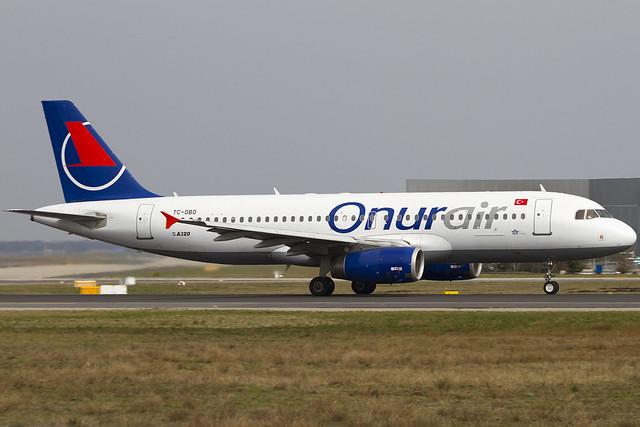TC-OBO_A320_EDDF_020416_EBOERS1