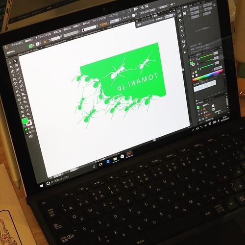 こんな感じでつくりました。Surface Pro、良いなぁ。もうホント、リアルに画面に描き込める感じ。