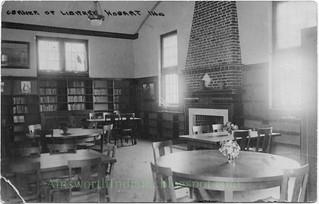 2016-3-30. Library interior 001