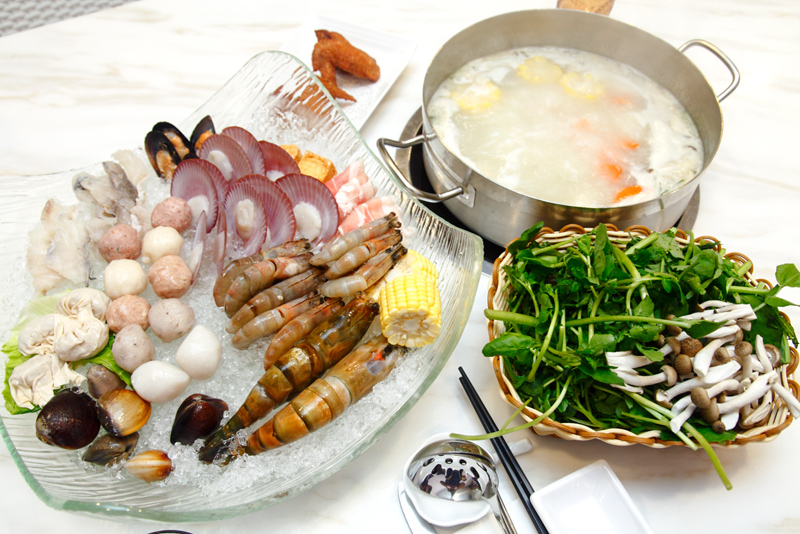 Gourmet Definition Steamboat Buffet