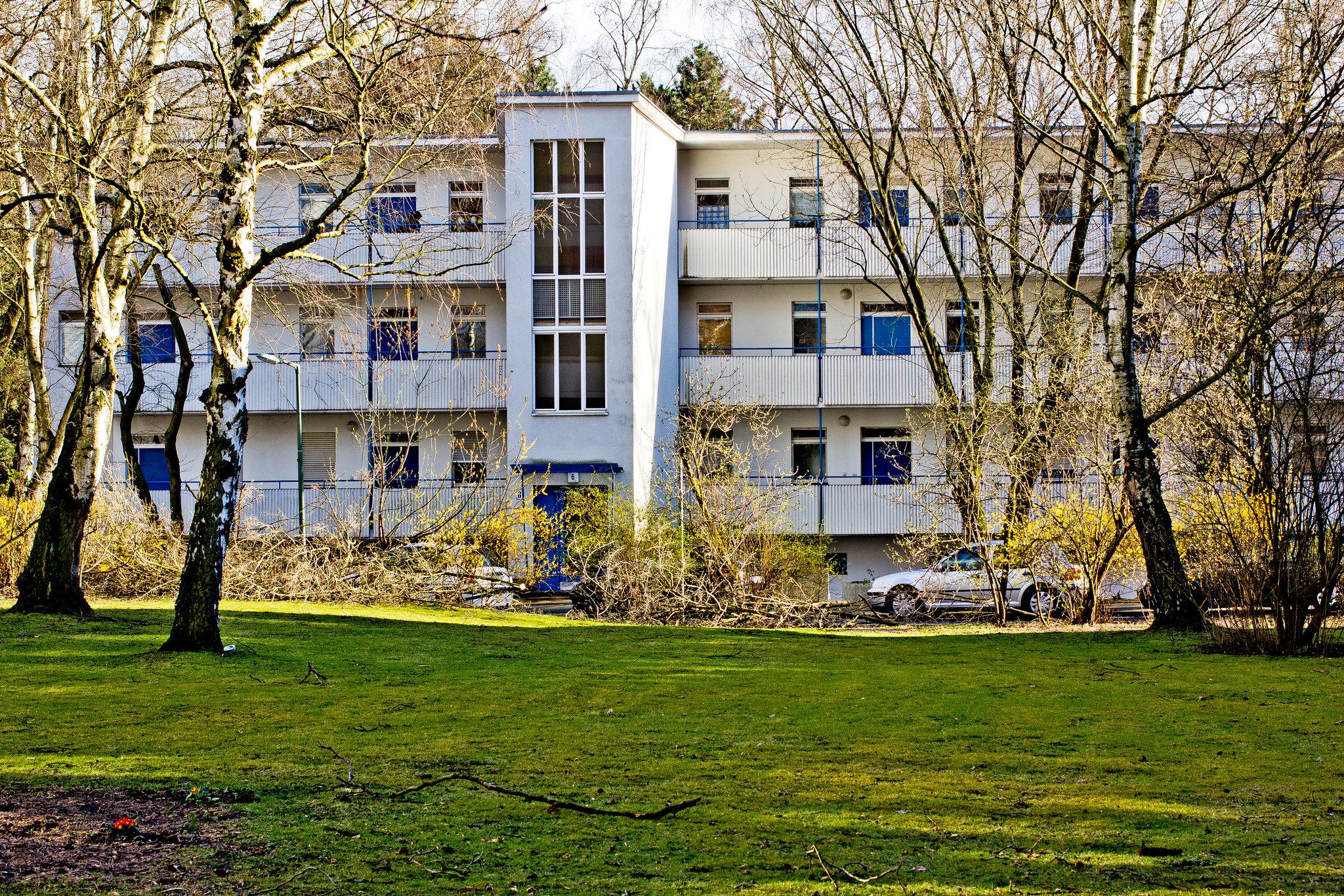 hanseatenweg 6 // hansaviertel berlin