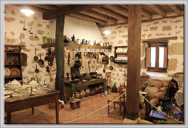 6 Museo Etnográfico Montejo de San Miguel