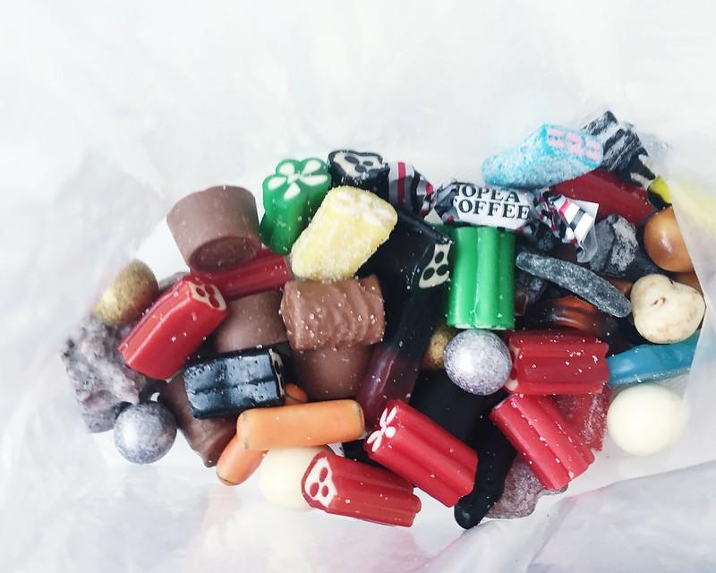 Untitled, candy, candies, irtokarkit, filmtown, treats, herkut, viikonloppu, weekend, licorice, sweets, lakut, salmiakki, lakukallo, mansikka, strawberry,mansikkalakukukka, mustat lakukallot,