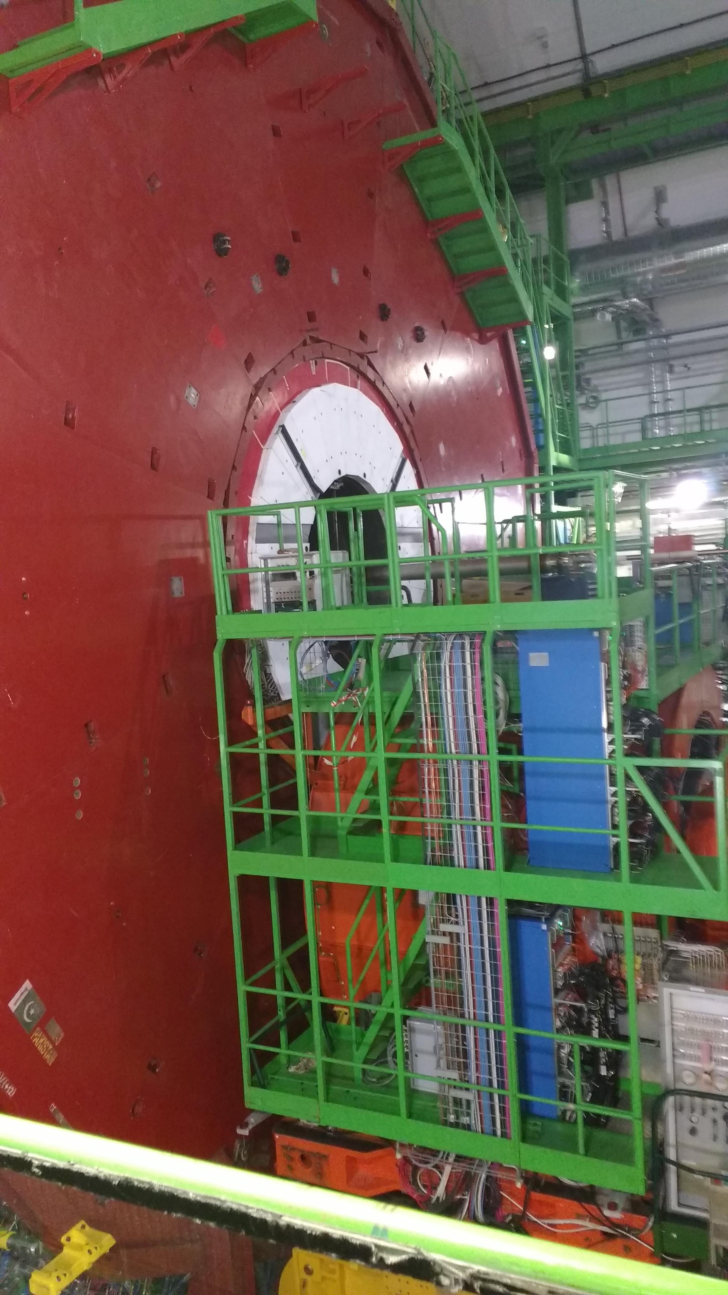 CMS CERN 2016