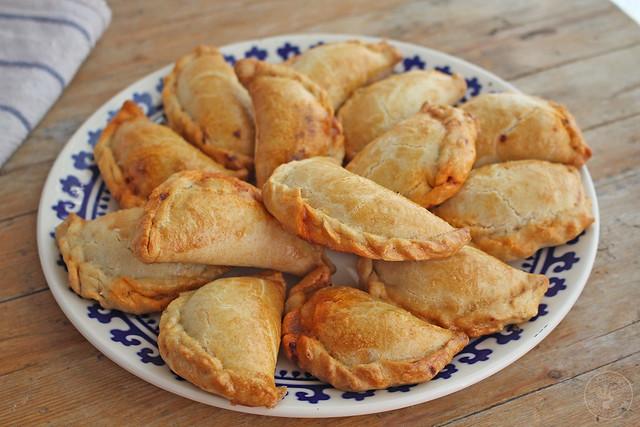 Empanadas de atún www.cocinandoentreolivos.com (21)