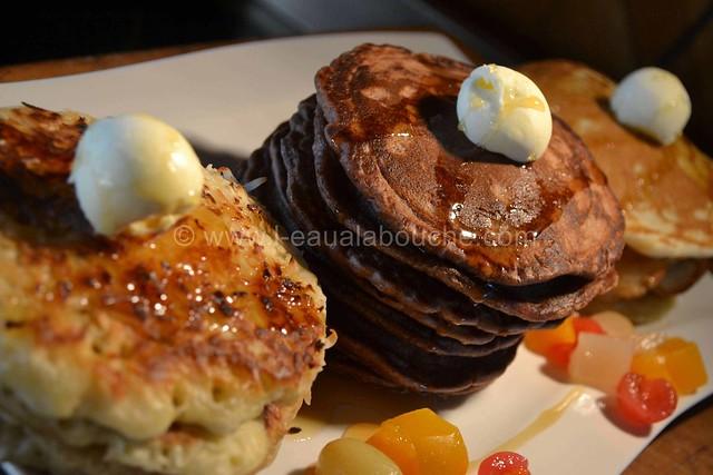 Trio de Pancakes Nature-Chocolat-Coco © Ana Luthi Tous droits réservés   13