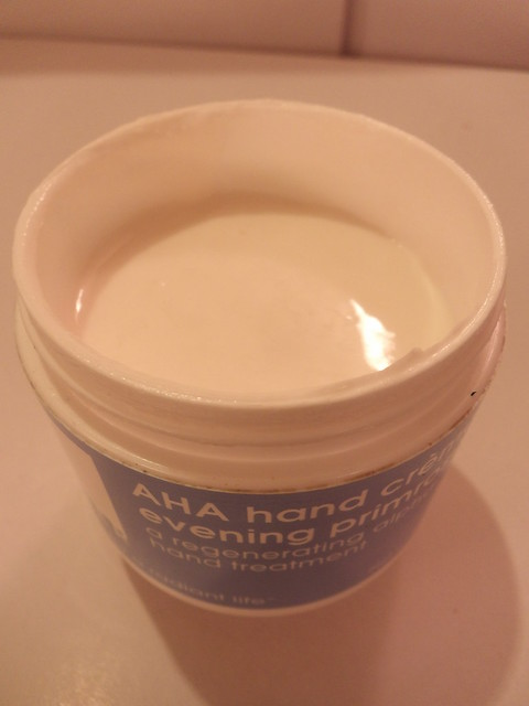 Heavy on Fashion New Year New You 2016: Lather AHA Hand creme