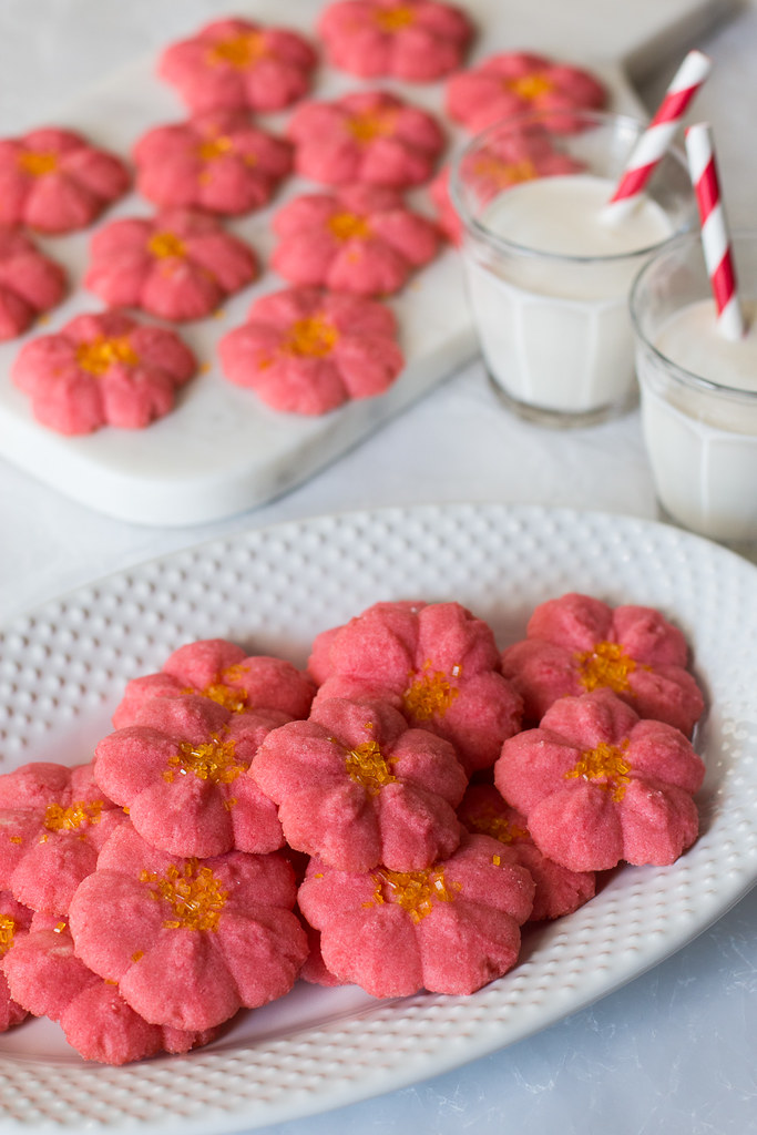 Poinsettia Almond Spritz Cookies are the perfect no-fuss last minute holiday cookie recip