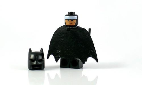 LEGO DC Superheroes 76035 Jokerland figures 10