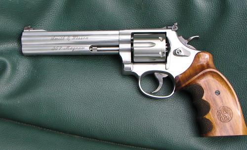 Police Python 357 - Gun - 2