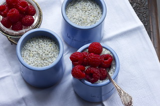 Vanilla-almond chia pudding