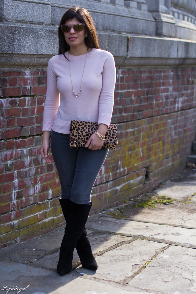 pink sweater, grey jeans, leopard clutch, black boots-3.jpg