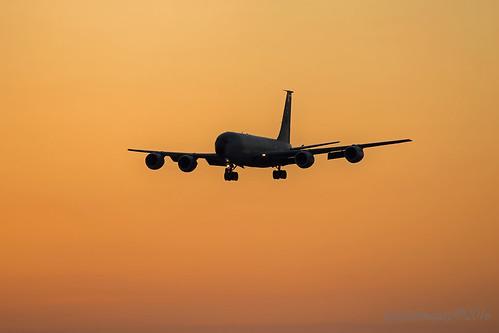 silhouette sunrise golden suffolk aircraft landing usaf tanker goldenhour mildenhall kc135 kc135stratotanker rafmildenhall usafe 100tharw 100thairrefuellingwing