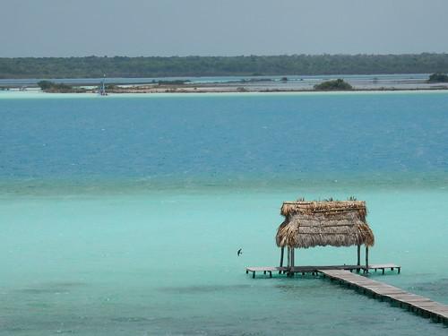 Bacalar - meer met 7 kleuren
