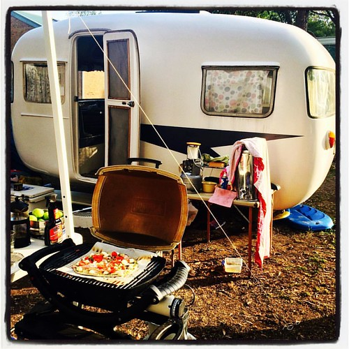 026/365 • pizza on the bbq - campsite somewhat dishevelled on our last night 😊• #026_2016 #sunliner #vintagecaravan #sunliner #dinner #camping #ptleo