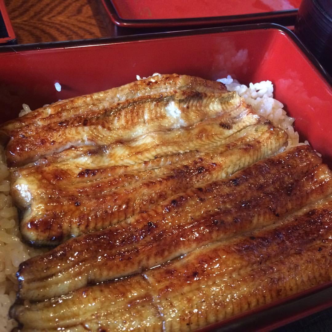 恒例。誕生日の鰻重いただきます。 #lunch やっぱり超美味いわ…