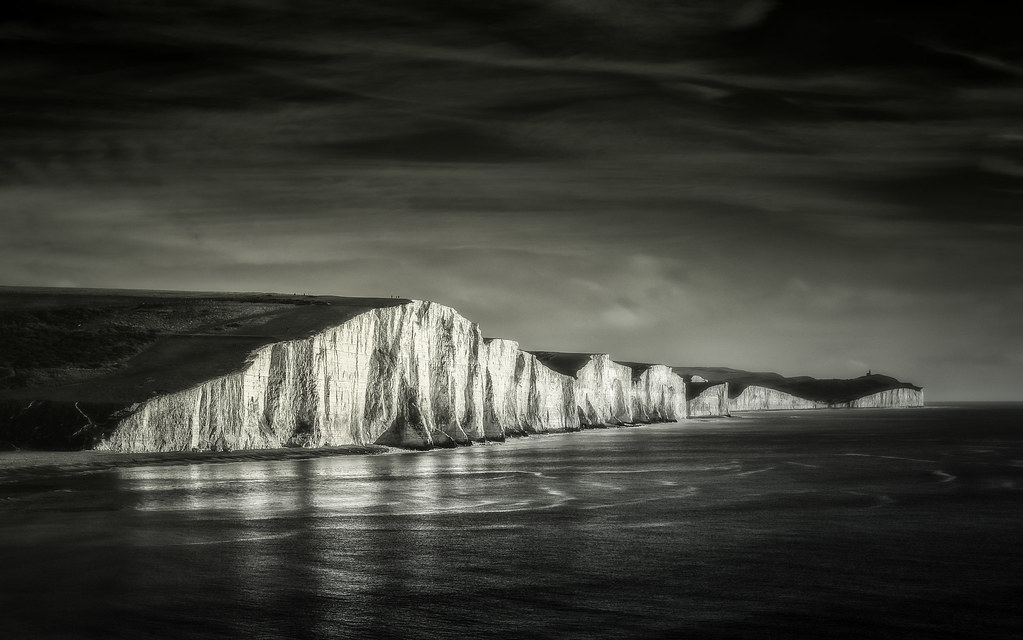 silvered cliffs