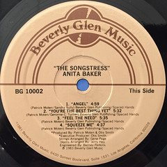 ANITA BAKER:THE SONGSTRESS(LABEL SIDE-A)