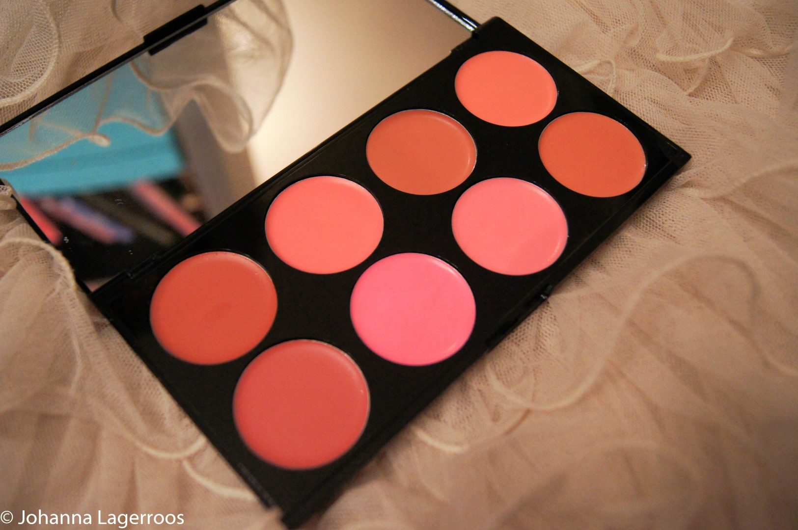 cream blush palette