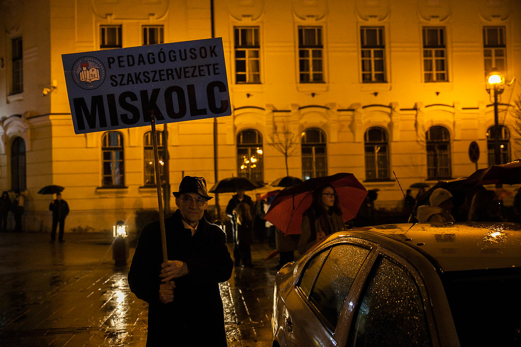 Teacher protest in Miskolc