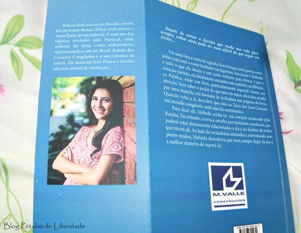Rainha dos corações congelados, Rebeca S. Melo, Bookstart, sinopse