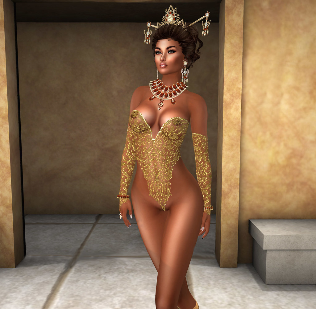 Ashley gold, Carries Lingerie for FFL