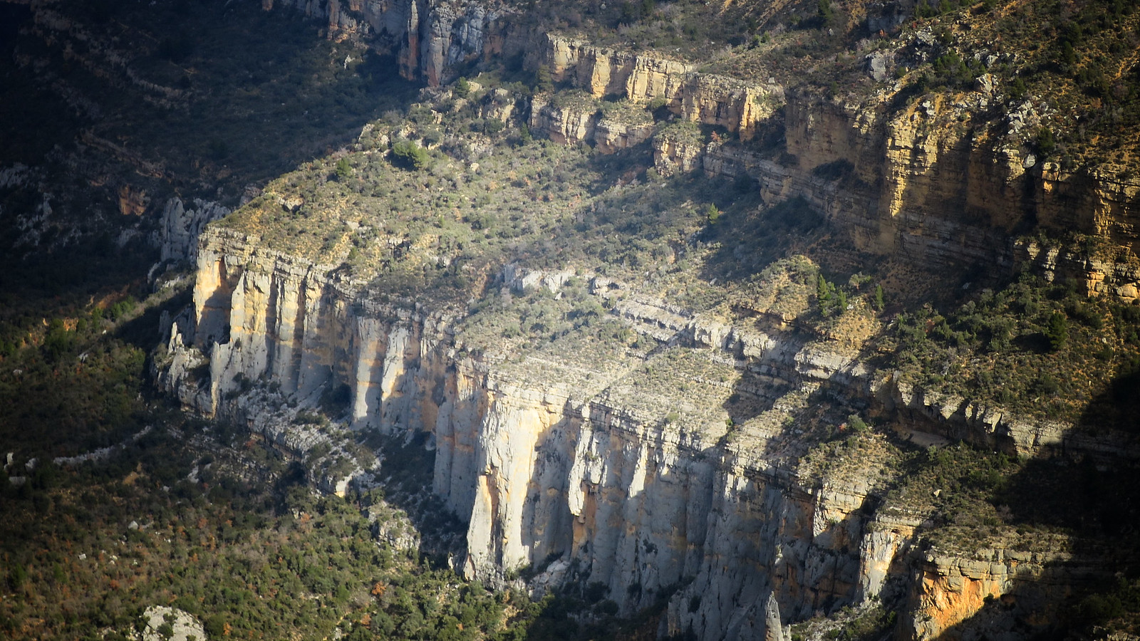Corçà - Esquerda del Graller - Castell de Sant Llorenç