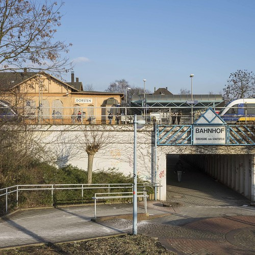 Außenansichten Bahnhof