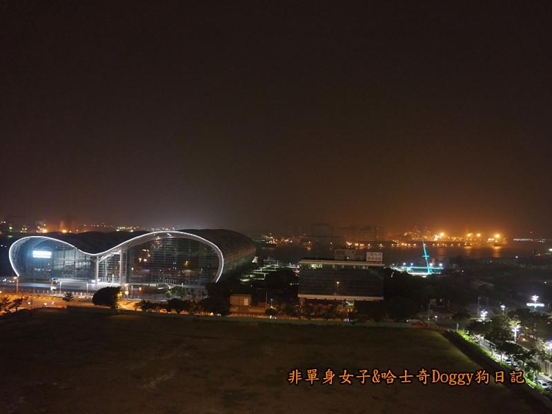 高雄捷運中央公園新崛江丹丹漢堡25